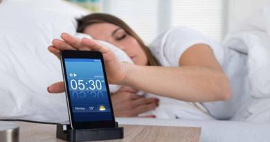 Cara Mengaktifkan Alarm Di HP Xiaomi Redmi 3